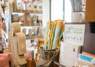 Kontrei Padstal Arts and Crafts Wooden Items